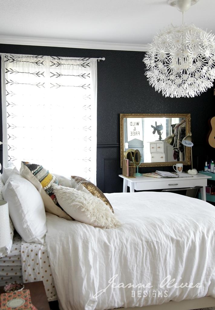 teen girl bedroom makeover jeanne oliver. Black Bedroom Furniture Sets. Home Design Ideas
