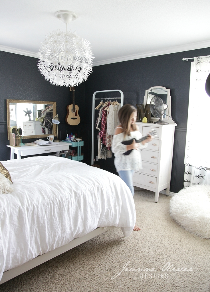 Teen Girl Bedroom Makeover - Jeanne Oliver