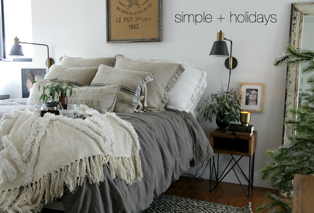 Modern farmhouse bedroom simple christmas jeanne oliver for Modern farmhouse bedroom