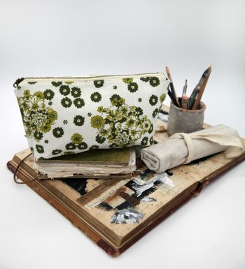 The Living Studio Portable Art Bag | 11